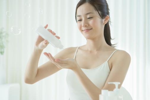 毛穴 引き締め 化粧水